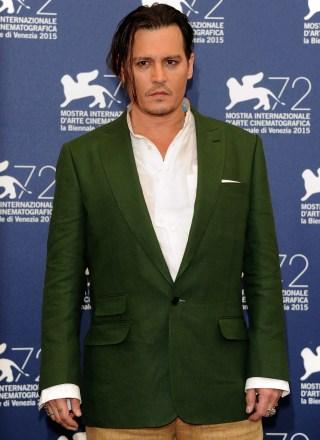 johnny-depp-suit